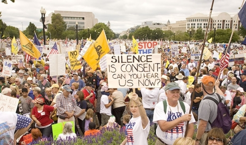 dc-teaparty1